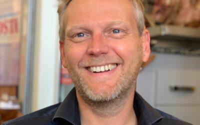 Peter Croonen is peter van ons Tree of Hope project